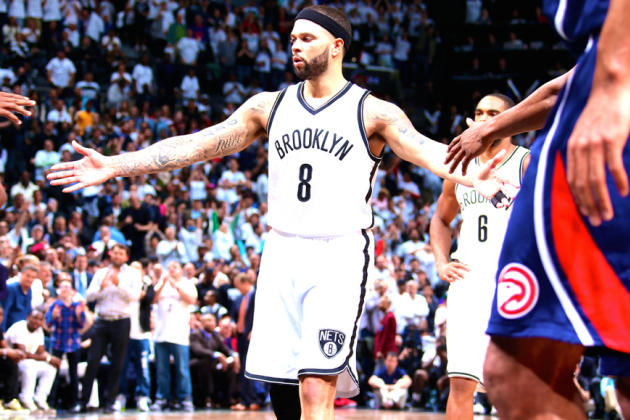 Vintage Deron Williams turns playoffs upside down
