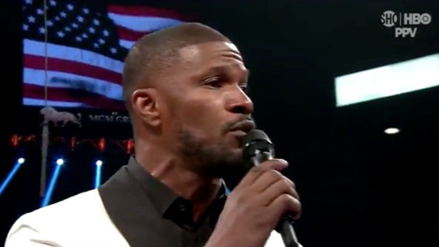 Jamie Foxx's rendition of the national anthem is unrecognizable