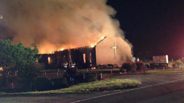 Fire at SC black church not arson, feds say